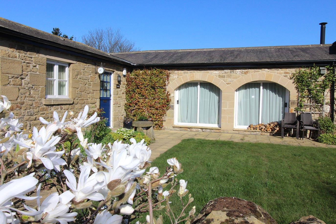 Wheatlands Cottage private garden | Burradon Farm Houses & Cottages